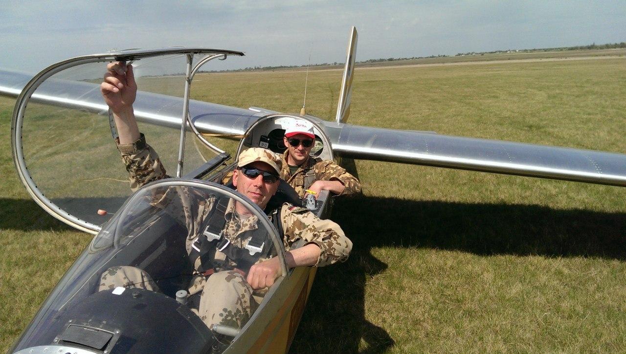 Польоти на літаку та планері фото